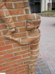 creative-artistic-brickwork-design2