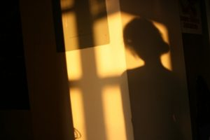 2014-06-10-woman-shadow-590