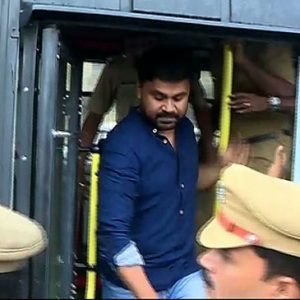 dileep_arrested_365x365